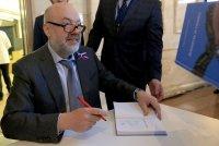 Ассоциация юристов России напишет раздел о праве в школьный учебник