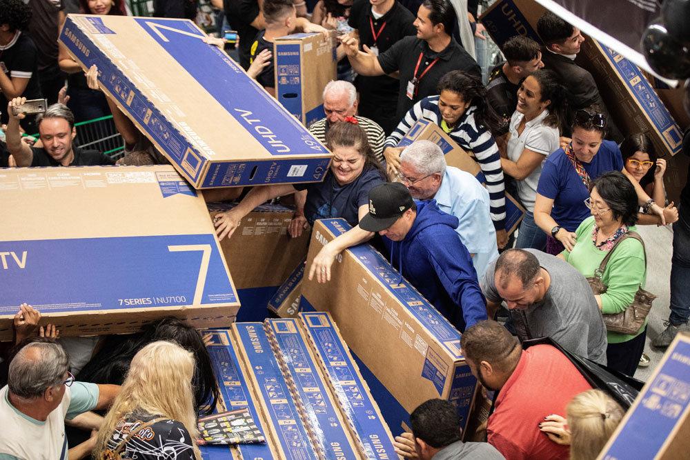 Мошенники привлекают покупателей обещанием крупных  <!--
